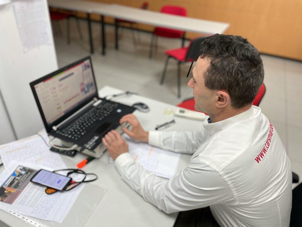 """Manuel Sánchez de Carsmarobe en su ponencia """" De Mecánico a Empresario"""" para Motormeetings by Motortec"""